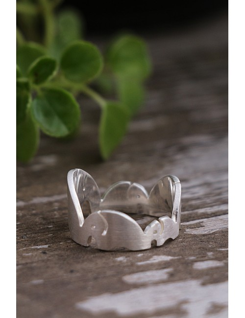 Elephant Pride Silver Ring