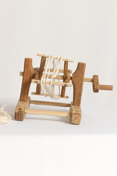 Traditional Thread Winder...